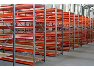Преимущества покупки готовых металлических стеллажей